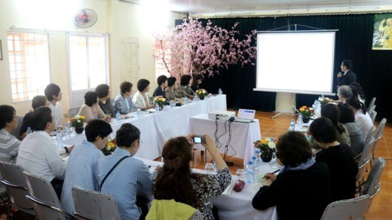 Làm việc với đoàn phúc lợi Y tế tỉnh Fukuoka
