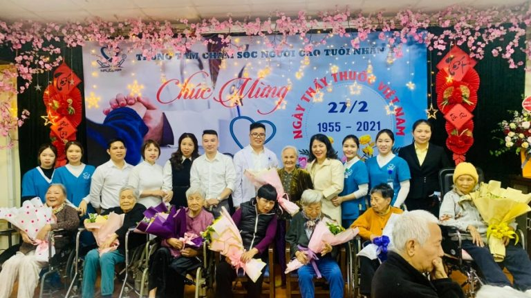 Trung tâm chăm sóc người cao tuổi Nhân Ái kỷ niệm ngày thầy thuốc Việt Nam 27/2